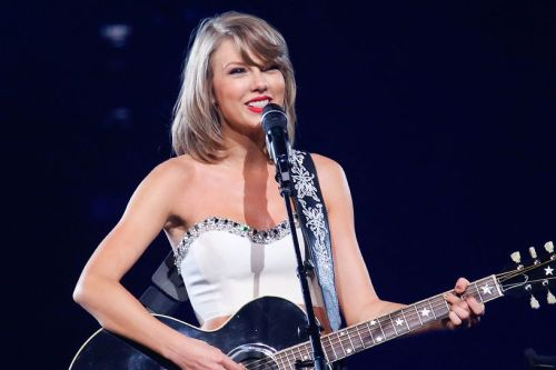 taylor-swift-intimate-gig-news.jpg
